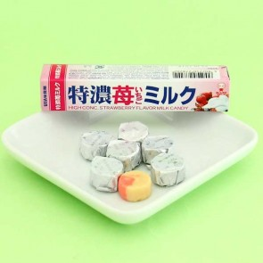 UHA Tokuno 8.2 Milk High Concentrated Candies - Strawberry & Milk