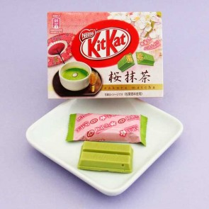 Kit Kat Sakura Matcha Chocolate