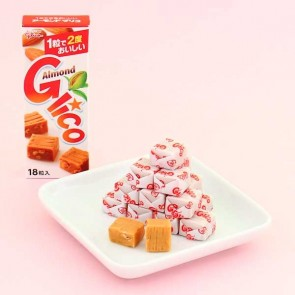 Glico Almond Caramel Candy Cubes