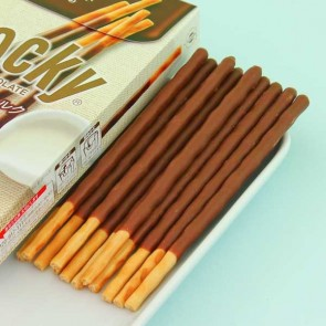 Glico Pocky Biscuit Sticks - Thin Milk Chocolate