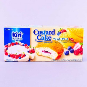 Lotte Berry Cream Cheese Custard Cake